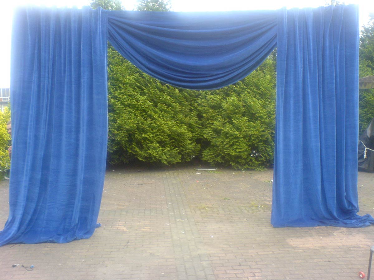 pipe and drape hire